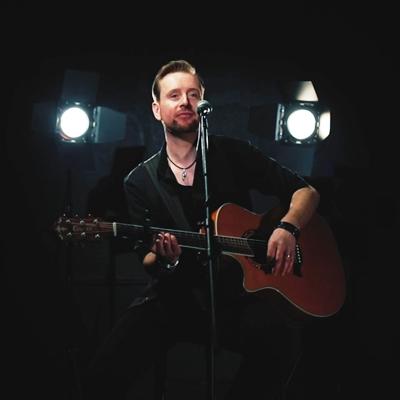 Phil Short Acoustic photo 1