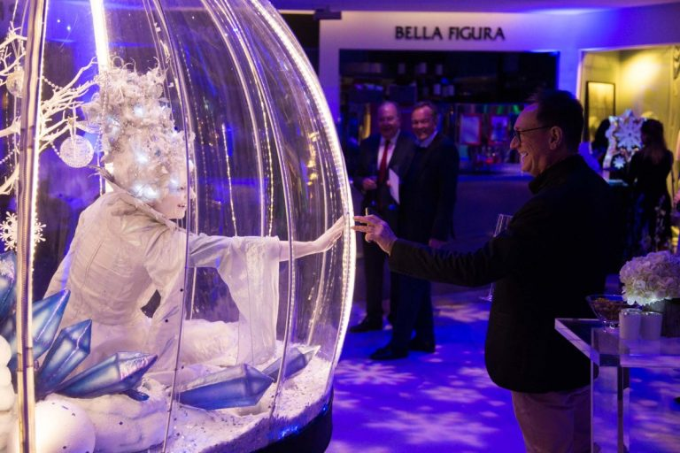 Living snow globe act, christmas party entertainment
