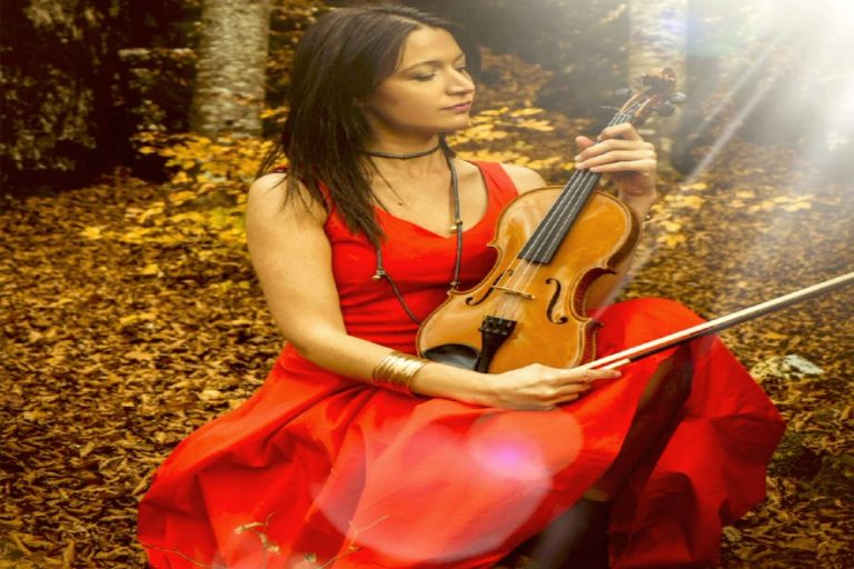 Our Newest Act Lisa Agnelli International Violinist